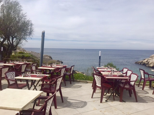 Restaurant Les Tamaris 40 Boulevard la Calanque de Samena 13008 Marseille + 33 (0)4 91 73 39 10