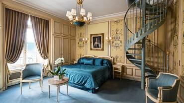 "<span class=""entry-title-primary"">Hôtel Raphael</span> <span class=""entry-subtitle"">Paris</span>"