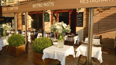 "<span class=""entry-title-primary"">Bistro Pastis</span> <span class=""entry-subtitle"">Saint-Tropez</span>"